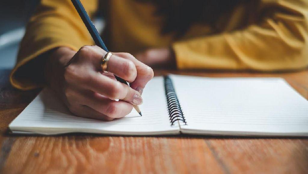 7 Cara Membuat Novel bagi Pemula