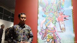 Lukisan Ajakan Perdamaian Perupa Anagard Raih Penghargaan