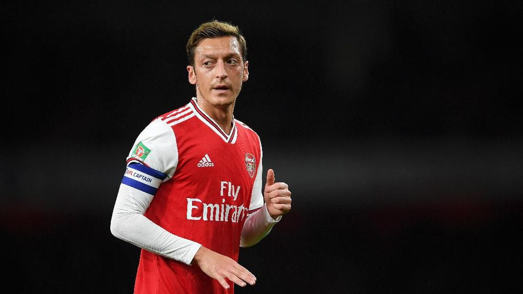 Oezil: Saya Akan Tetap di Arsenal sampai 2021