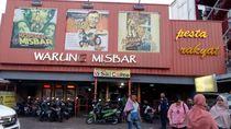 Tempat Jajan Unik di Bandung: Warung Misbar