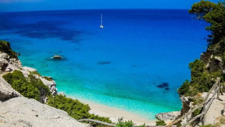 Scenic view of the beach of Cala Goloritzé, Sardinia, Italy