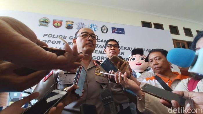 Police Goes To Campus melalui Kampus Pelopor Keselamatan (Kapeka) Berlalulintas dan Taat Pajak Kendaraan di Universitas Diponegoro (Undip) Semarang. Foto: Angling Adhitya Purbaya/detikcom