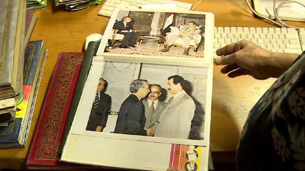 Rahardi Ramelan saat berjumpa Presiden Irak Saddam Hussein
