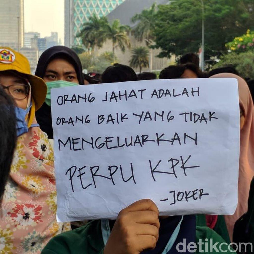 Jokowi-Maruf Dilantik, BEM SI Bicara Perppu KPK Tak Digubris-BPJS Naik