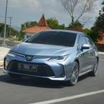 Sensasi Corolla Altis Hybrid