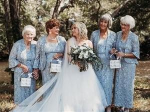 Pengantin Ini Jadikan 4 Neneknya Bridesmaid di Pernikahannya