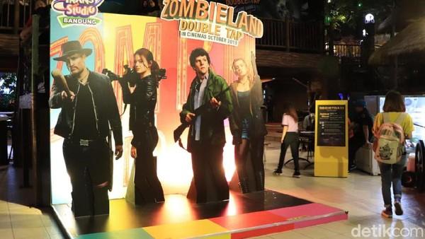 Wahana Zombieland Double Tap akan mengajak pengunjung bertualang seakan masuk ke dalam karakter empat tokoh utama film tersebut, yaitu Colombus, Wichita, Tallahasse, dan Little Rock. (Rico Bagus/detikcom)