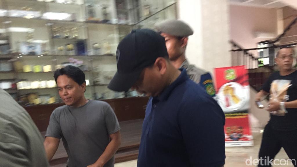 Staf Walkot Medan yang Seruduk Penyidik Serahkan Diri ke KPK