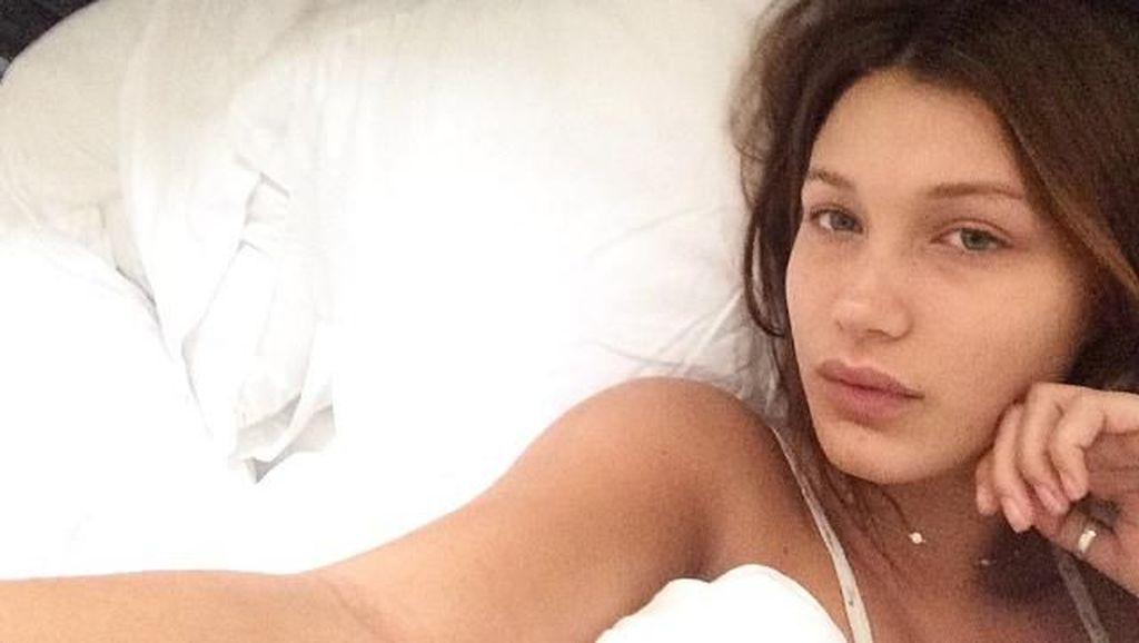 Foto: Bella Hadid Tanpa Makeup yang Disebut Punya Kecantikan Sempurna