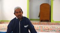 Untuk melihat toleransi ini dengan lebih dalam, detikcom berbincang dengan salah seorang muslim pendatang yang saat itu menjadi pemimpin salat, Losa Abdurohim. (detikcom)