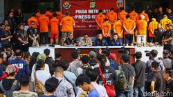 Polisi: Abdul Basith cs Rencanakan Ricuh Demo dengan Bakar Toko di 9 Titik