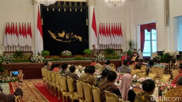 Presiden Jokowi silaturahmi bareng menteri Kabinet Kerja/Foto: Trio Hamdani
