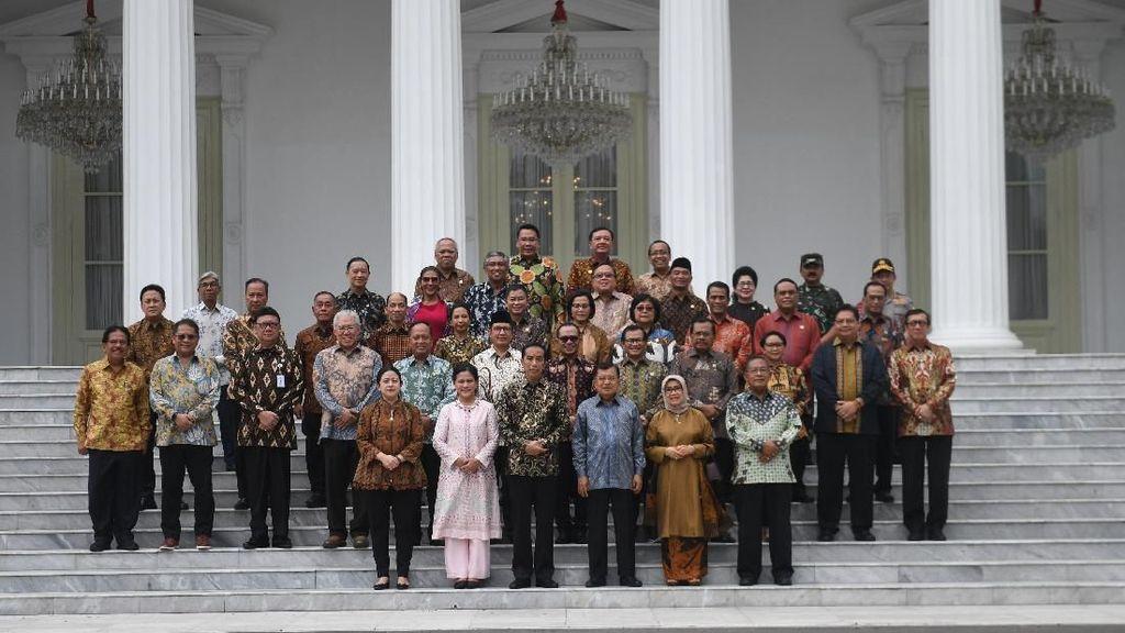 Jokowi Foto Bareng JK hingga Menteri Kabinet Kerja di Istana