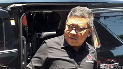 Hasto Sebut Megawati Cari Masukan Cawali Surabaya ke Risma
