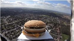 5 Kisah Pengiriman Makanan ke Luar Angkasa, dari Burger hingga Durian