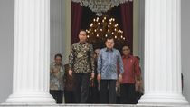 Ucapan Terima Kasih JK dan Buku Memori Jabatan untuk Jokowi