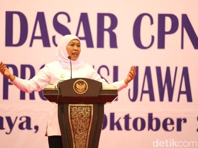 Gubernur Khofifah Ingatkan ASN Selalu Layani Masyarakat