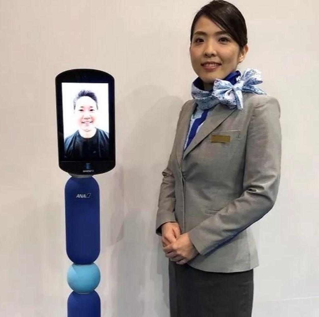 Mau Traveling tapi Mager? Robot Jepang Ini Bisa Jadi Solusi