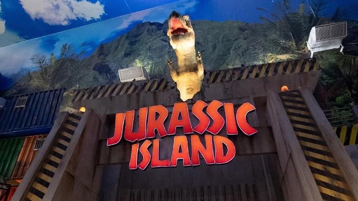 Trans Studio Cibubur , Jurassic Island