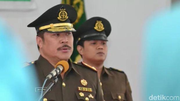 Jamintel Jan S Maringka (dok ist)
