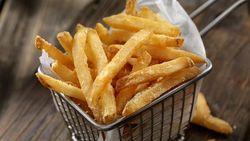 Cara Membuat Kentang Goreng Renyah Gurih ala Resto Fast Food