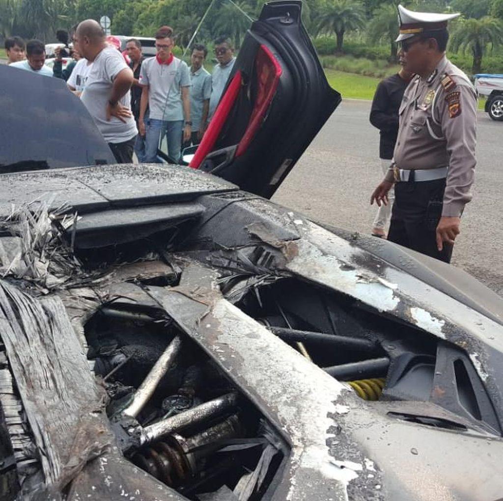Raffi Ahmad Masih Cari Tahu Sebab Mobilnya Terbakar, karena Ban?