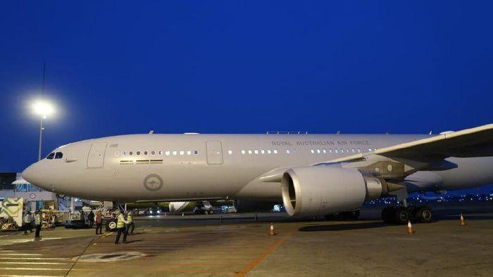 Pesawat Royal Australian Air Force yang membawa PM Australia Scott Morrison dan rombongan tiba di Jakarta/Foto: Dok. Pribadi/Ignasius Jonan