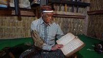 Melihat Pusaka dan Kitab Berusia 13 Abad di Sembalun Bumbung