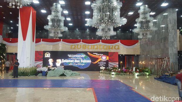 Kompleks Parlemen Mulai Bersolek Jelang Pelantikan Presiden-Wapres