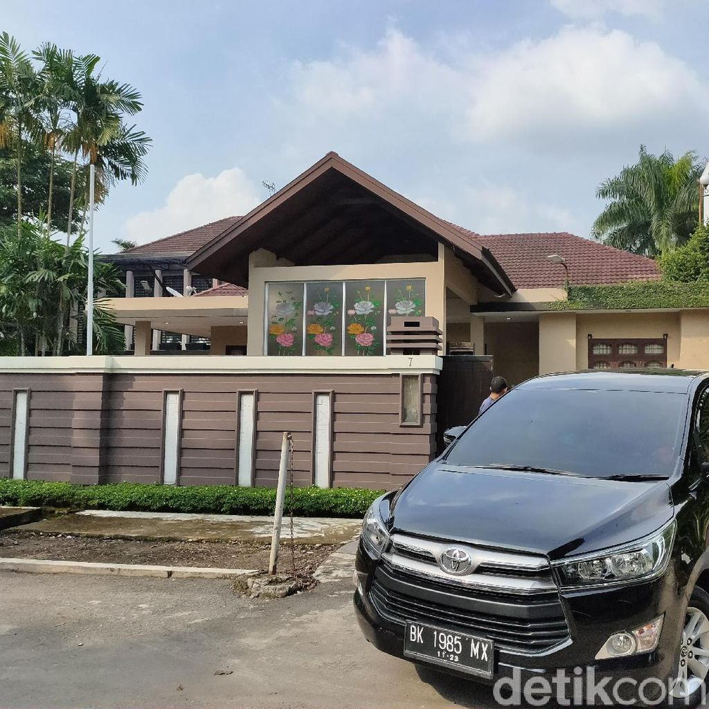 KPK Juga Geledah Rumah Wali Kota Medan