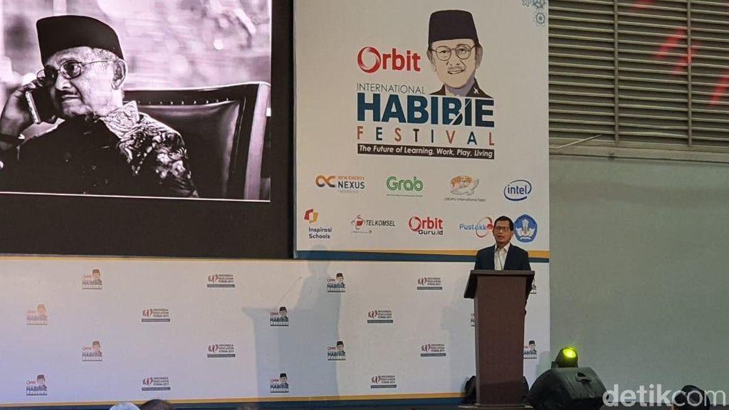 Tanpa Eyang Habibie, Tidak Akan Ada Telkomsel