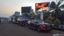 Jelang Pelantikan Jokowi, Barracuda-Water Cannon Siaga di Pintu Utama DPR