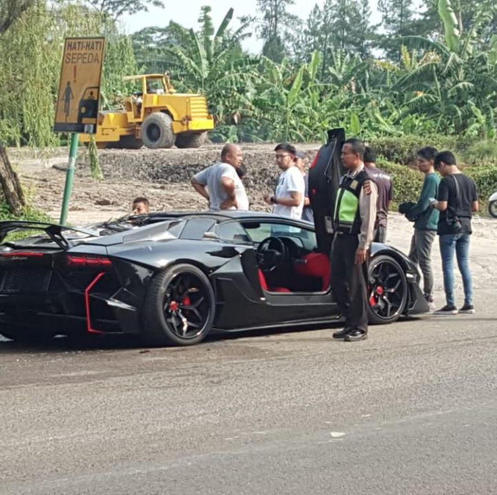 Begini Kronologi Lamborghini Raffi Ahmad Terbakar