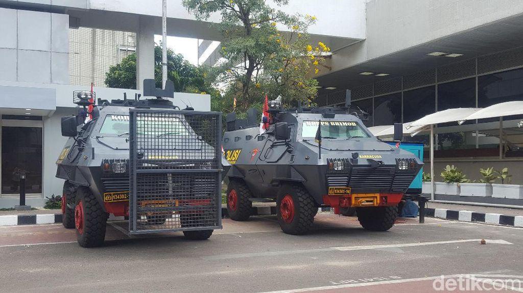 Jelang Pelantikan Presiden, Pengamanan Gedung DPR Diperketat