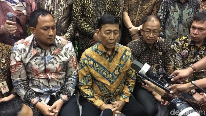 Menko Polhukam Wiranto saat jumpa pers di Kemenko Polhukam. (Arief Ikhsanudin/detikcom)