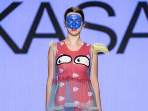 Diana Rikasari Tampilkan Busana Bertema Autisme di Fashion Show Kanada