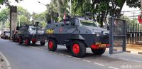 Kendaraan Taktis yang Siaga Amankan Pelantikan Presiden