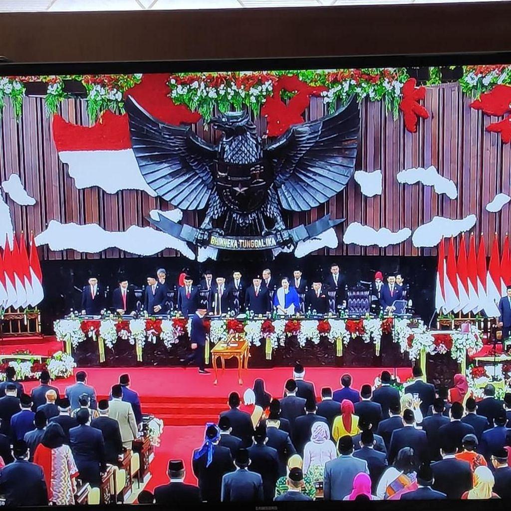 Pelantikan Jokowi-Maruf Dihadiri 689 Anggota Dewan