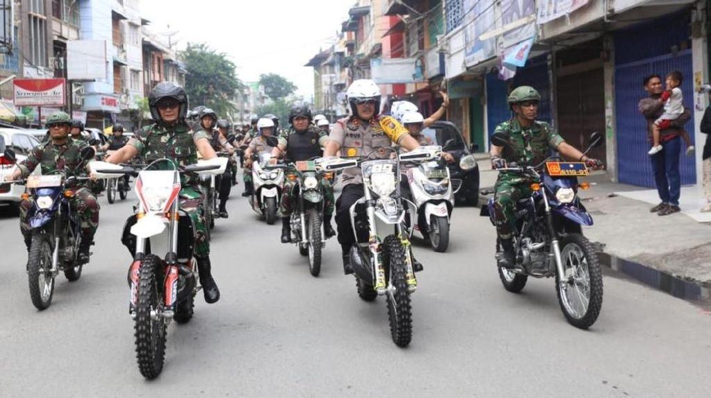 Pimpin Patroli, Kapolda Sumut: Jangan Coba-coba Ganggu Medan