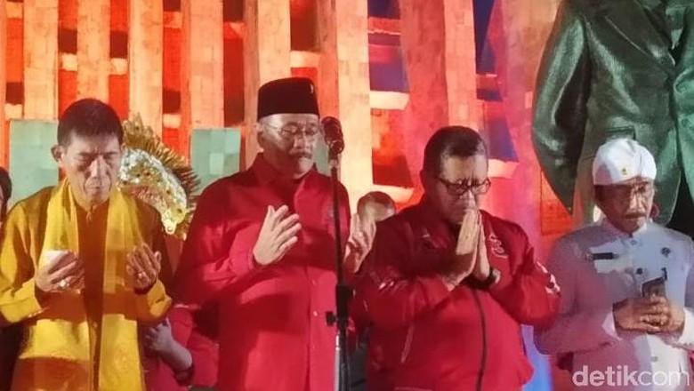 PDIP Doakan Jokowi Tak Dapat Menteri Bertopeng Pencari Jabatan