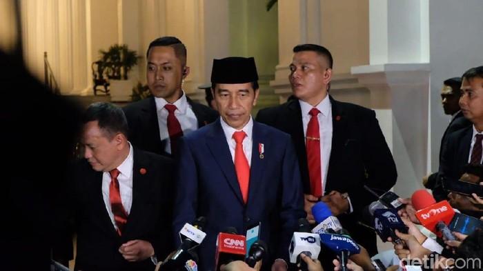 Presiden Jokowi kembali ke Istana seusai pelantikan (Andhika/detikcom)