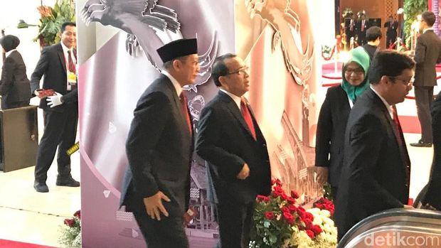 Menteri Kabinet Kerja Hadiri Pelantikan Jokowi-Ma'ruf Amin