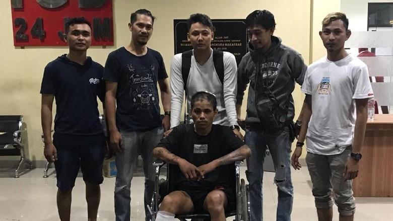 Polisi Tembak Geng Motor Buron yang Serang Warga di Makassar