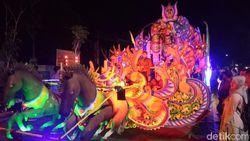 Mewah dan Meriahnya Gelaran Jatim Specta Night Carnival di Situbondo