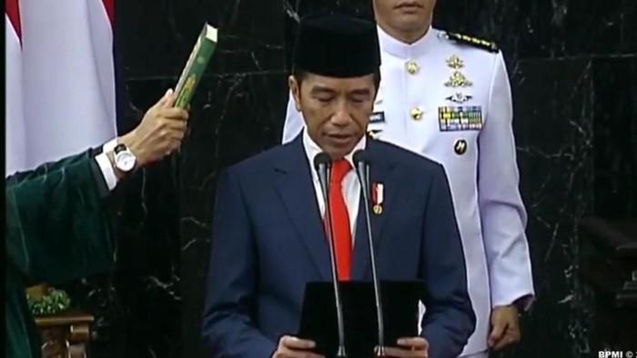 Jokowi saat dilantik menjadi presiden periode 2019-2024. (Dok. BPMI)
