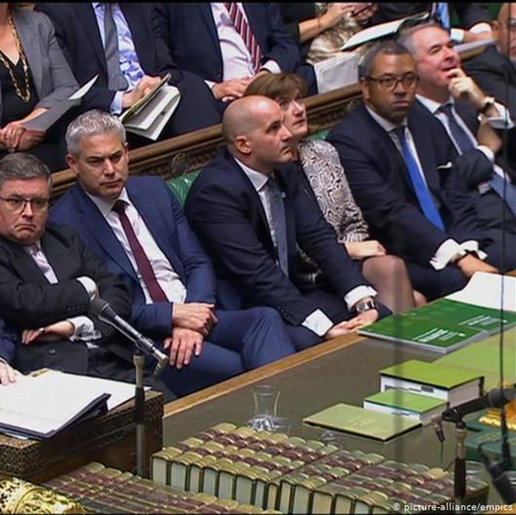 Majelis Rendah Inggris Setujui Amandemen untuk Menunda Brexit