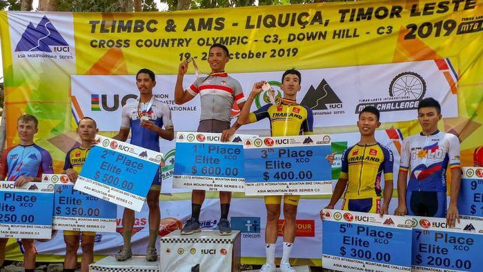 Zaenal Fanani juara balap sepeda cross country di Timor Leste. (dok. PB ISSI)