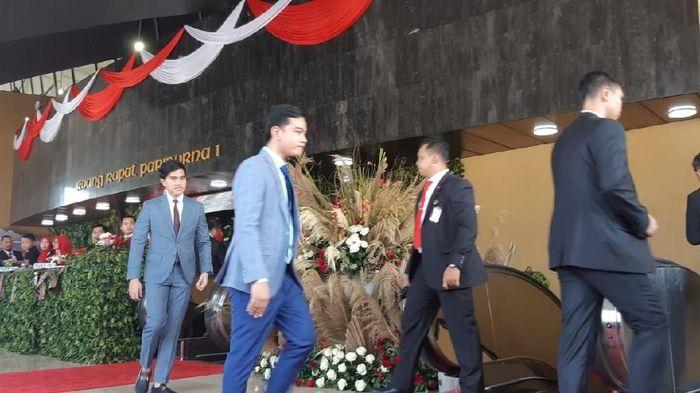 Gibran Rakabuming dan Kaesang PangarepFoto: (Tsarina Maharani/detikcom).