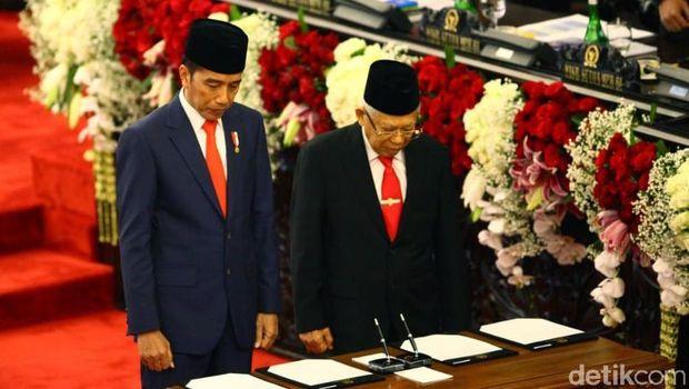 Jokowi dan Ma'ruf Amin mengucapkan sumpah sebagai Presiden dan Wakil Presiden Republik Indonesia periode 2019-2024.