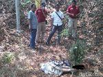 Mayat Wanita Tertutup Cover Mobil Ditemukan di Bawah Tol Semarang-Solo